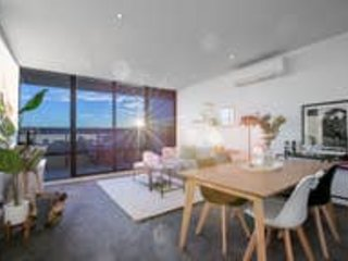 107*Light Filled Cozy Apt in the Heart of St Kilda – semesterbostad i St Kilda East