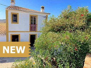 Cozy Home ☀ Carrapateira | Woodburner | Couples and small Families