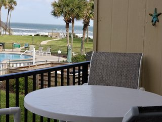 SUMMERHOUSE-Ocean Townhouse-Great Ocean Views, Steps to Beach, Relax,Enjoy