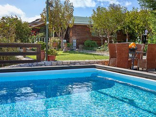 Farm with private pool- Live the experience!