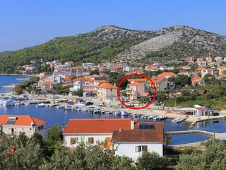 Three bedroom apartment Seget Vranjica (Trogir) (A-17989-a)