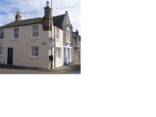 The Old Toll House, Elie - Sleeps 4