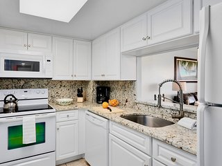 Bright kitchen with everything you need.