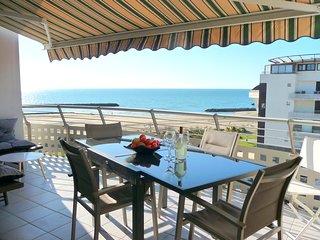 8 couchages, vue mer, piscine, terrasse