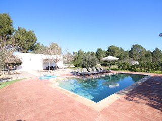 Villa Sa Barda | Two Bedrooms | Large Pool | A/C | Wifi | Peaceful & Private