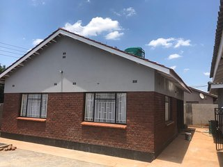 2 Bedroom cottage in Belvedere west 5- mins to Harare CBD