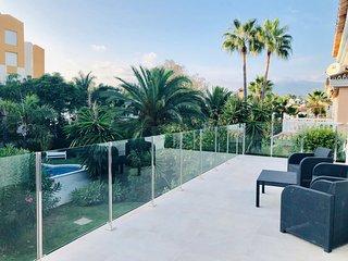 Luxury Villa at 8 minutes driving from Puerto Banus