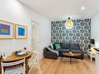 Modern & Cosy One-Bed Apartment, Sleeps 4 in Centro