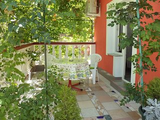 Lopar Apartment Sleeps 2 with Air Con and WiFi - 5826729
