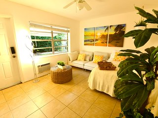 LS-1502 DOWNTOWN•Studio•5min Las Olas•8min Beach*****