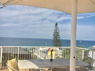 (2 Bedroom option) 2/22 Stevens St Sunshine Beach