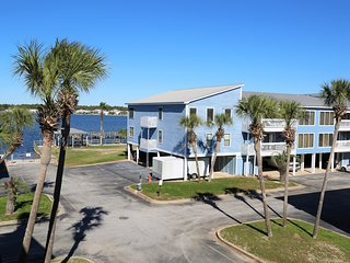 Sea Oats G203 ~ Waterfront/Gulf View ~ Boat Friendly ~ Boat Launch ~ BBQ Grills