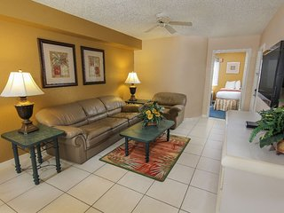 Spacious Family Condo w/ Resort Pools, Free Theme Park Shuttle & WiFi Included