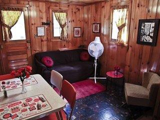 Cabin #6 - Casablanca