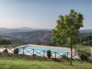 Appartamento tra le montagne con piscina ad Assisi
