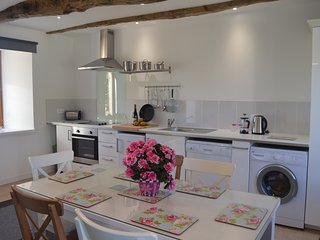 Beautiful, Rural One Bedroom Gite near Pontrieux, Cotes d'Armor
