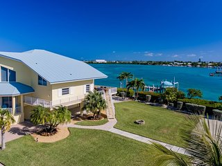 Luxurious Fanta-sea 3bed/3bath Luxury in Duck Key