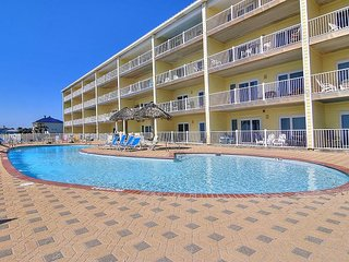 Amazing, BEACHFRONT condo on Mustang Island!