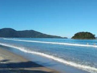 Plage de Sapé. Sur le côté droit, suivez Praia de Maranduba, sur le côté gauche Praia de Lagoinha. Ça donne une bonne promenade.