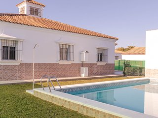House between Seville and Malaga, Ideal to visit all Andalusia. 8 people. Wifi.