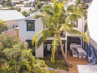 VILLA JOAH,Beautiful contemporary villa on the sea side