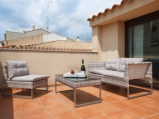25km Barcelona · Duplex with 2 terraces and close to the beach
