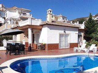 Villa Tamango Hill, Nerja,Torrox Costa, privat pool, havsutsikt, strandnära