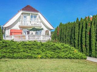 Amazing home in Vonyarcvashegy w/ 4 Bedrooms (UBN104)