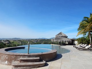 Luxury views Villa Fundadores, Golf Puerto los Cabos!.
