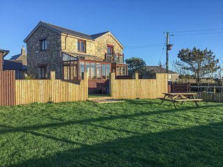 AVALON STABLES, luxury barn conversion, en-suite bedrooms, incredible views