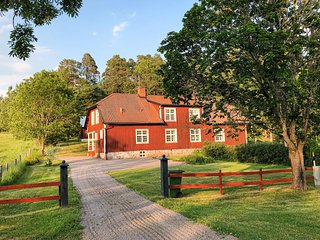 Amazing home in Mantorp w/ WiFi and 3 Bedrooms (S60081)