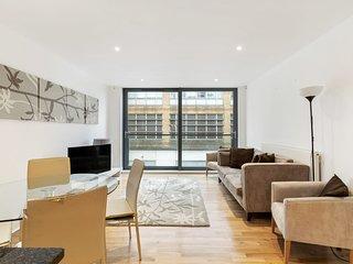 Modern Spacious 2Bed/2 Bath apartment in Chelsea