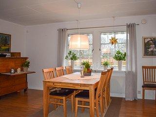 Amazing home in Gränna w/ 4 Bedrooms (S30270)