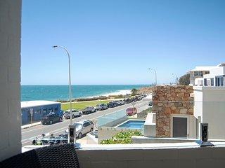 Cottesloe Beach Apartment