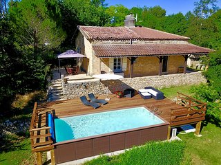 Stone Cottage With Heated Pool, in beautiful private orchard setting + Wifi.