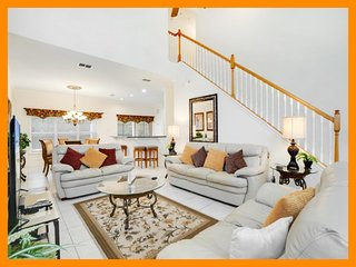 Providence Resort 60 - modern villa with private pool and game room near Disney