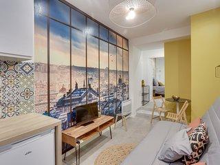 143 Suite La Française, Nice APT, Paris
