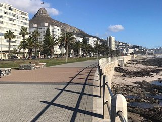 Beach Front Apartment, Sea Point Cape Town