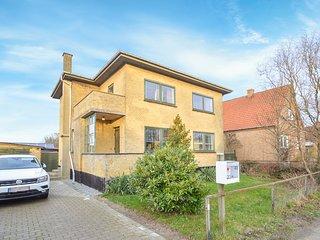 Stunning home in Bandholm w/ Sauna and 4 Bedrooms (K10040)