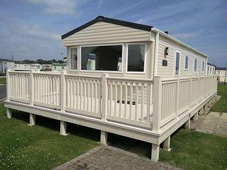 Brand New 8 Berth Caravan - Seaside - Sleeps 8