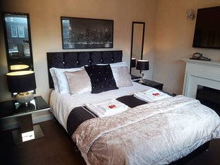 Portland Townhouse, stylish accommodation in the heart of Troon