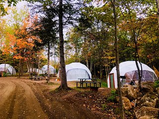 Blue Bayou Resort 2 queen size suite Geodesic Dome Just off the Cabot Trail. Q16
