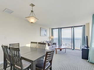 Oceanfront Penthouse, Two-Story, 3 Bedrooms