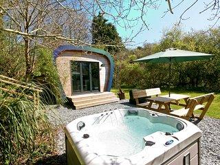 Sunridge EcoPod - Luxury Self Catering Camping Pod in Devon with Hot Tub.
