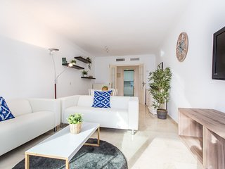 Awesome Apt pool and parking Puerto Banus - RDR197
