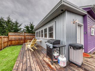 Remodeled home w/ private deck, gas grill & modern furnishings - dogs OK!