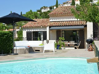 Luxury villa with heated pool in Les Issambres on the Cote d 'Azur