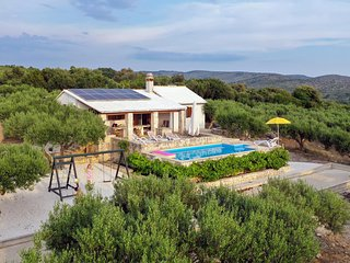 Amazing home in Sutivan w/ Outdoor swimming pool, Outdoor swimming pool and 2 Be