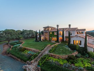 Villa Capricho Vineyard Estate - Monthly