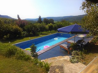 Tranquil Rustic Gem! Own Pool! Fresh Country Air!